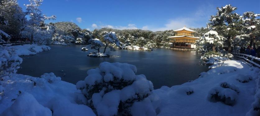 Kinkakuji in the snow